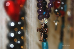 prayer-beads-hanging