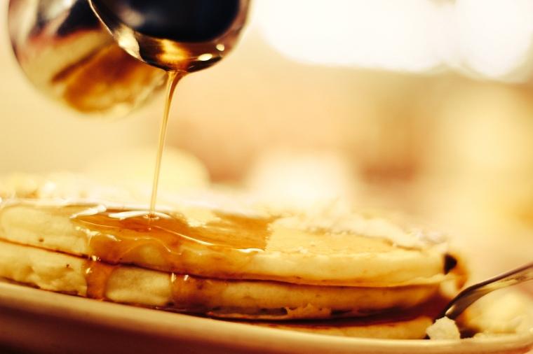 Mmmm pancakes with lotsa syrup