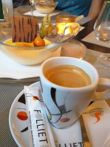 Espresso & creme brulee in France